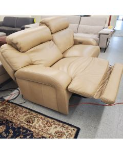 "Davntry 85"" sofa power recline  USB. Reg 4717.00 Outlet 1599..00"