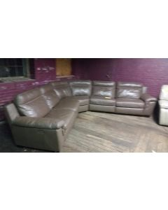 Natuzzi Julie  5 -Piece Leather Sectional with Power Recliners /Taupe
